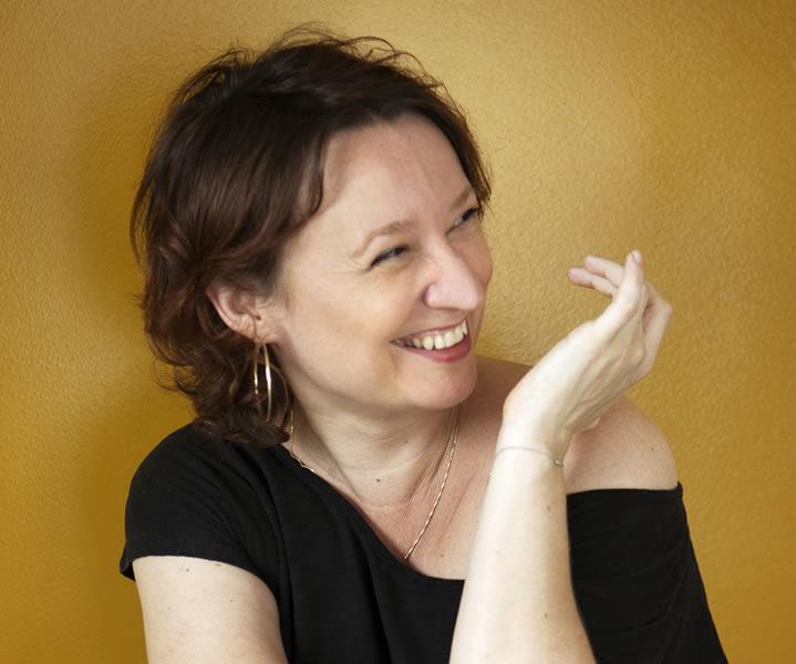 Ingrid Desjours